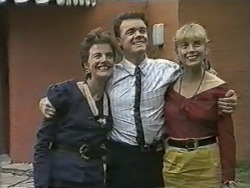Gail Robinson, Paul Robinson, Jane Harris in Neighbours Episode 0988
