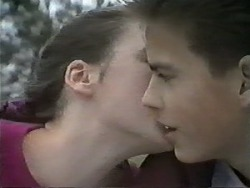 Alison Ryder, Todd Landers in Neighbours Episode 0988