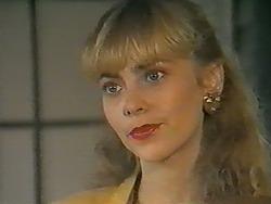 Jane Harris in Neighbours Episode 0989