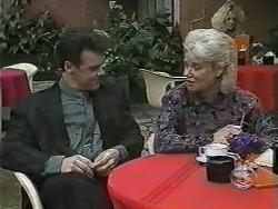 Paul Robinson, Helen Daniels in Neighbours Episode 0989
