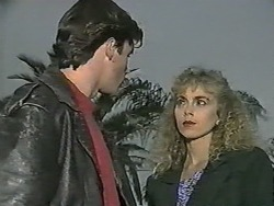 Mike Young, Jane Harris in Neighbours Episode 0991