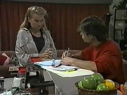 Bronwyn Davies, Mike Young in Neighbours Episode 0991