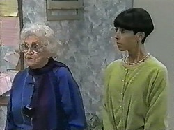 Pearl Barker, Hilary Robinson in Neighbours Episode 0993