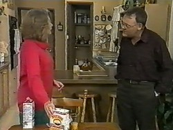 Madge Bishop, Harold Bishop in Neighbours Episode 0995