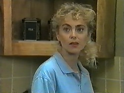 Jane Harris in Neighbours Episode 0995
