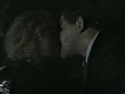 Jane Harris, Des Clarke in Neighbours Episode 0995