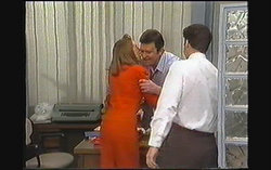 Melanie Pearson, Des Clarke, Paul Robinson in Neighbours Episode 1242