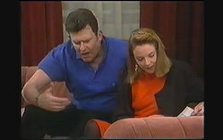 Des Clarke, Melanie Pearson in Neighbours Episode 1242