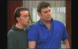 Matt Robinson, Des Clarke in Neighbours Episode 1242