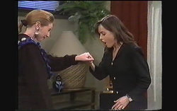 Melanie Pearson, Caroline Alessi in Neighbours Episode 1243