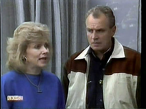 Beverly Robinson, Jim Robinson in Neighbours Episode 1281