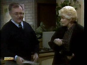Harold Bishop, Madge Bishop in Neighbours Episode 1281