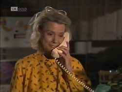 Helen Daniels in Neighbours Episode 1946