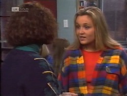 Pam Willis, Lauren Turner in Neighbours Episode 1997