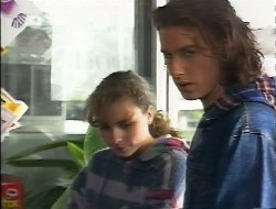 Debbie Martin, Darren Stark in Neighbours Episode 1997