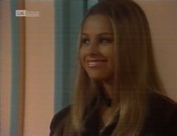 Lucy Robinson in Neighbours Episode 1998