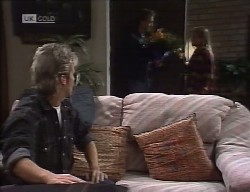 Connor Cleary, Delivery Person, Lauren Turner in Neighbours Episode 1998