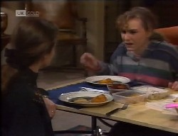 Julie Martin, Debbie Martin in Neighbours Episode 1998