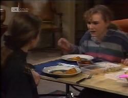 Julie Martin, Debbie Martin in Neighbours Episode 1998