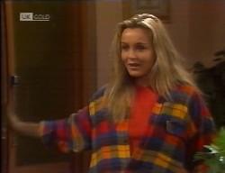 Lauren Carpenter in Neighbours Episode 1998