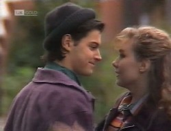 Rick Alessi, Debbie Martin in Neighbours Episode 1999