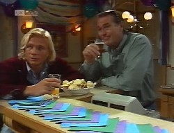 Brad Willis, Doug Willis in Neighbours Episode 1999