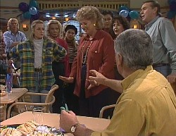 Brad Willis, Lauren Turner, Helen Daniels, Lucy Robinson, Cheryl Stark, Wayne Duncan, Pam Willis, Lou Carpenter, Doug Willi in Neighbours Episode 2000