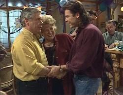 Lou Carpenter, Cheryl Stark, Wayne Duncan, Stephen Gottlieb, Doug Willis in Neighbours Episode 2000