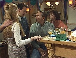 Phoebe Bright, Stephen Gottlieb, Doug Willis, Pam Willis in Neighbours Episode 2000