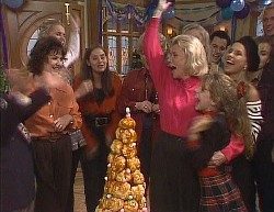 Paul Robinson, Pam Willis, Phoebe Bright, Beth Brennan, Cheryl Stark, Helen Daniels, Hannah Martin, Rick Alessi, Lucy Robinson, Debbie Martin in Neighbours Episode 2000