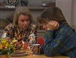 Helen Daniels, Hannah Martin  in Neighbours Episode 2236