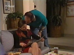 Julie Robinson, Philip Martin in Neighbours Episode 2237