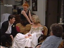 Elliot Patterson, Ren Gottlieb, Annalise Hartman, Marlene Kratz in Neighbours Episode 2291