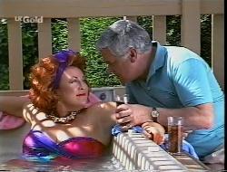 Cheryl Stark, Lou Carpenter in Neighbours Episode 2307