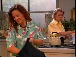 Cody Willis, Helen Daniels in Neighbours Episode 2307