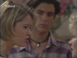 Danni Stark, Malcolm Kennedy in Neighbours Episode 2528