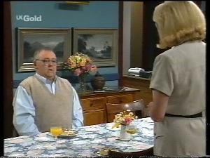 Harold Bishop, Madge Bishop in Neighbours Episode 2755