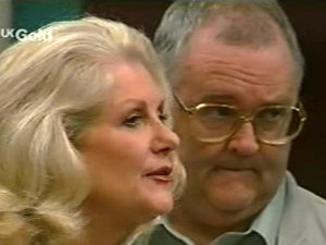 Madge Bishop, Harold Bishop in Neighbours Episode 2922