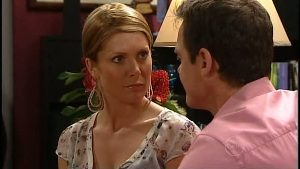Izzy Hoyland, Paul Robinson in Neighbours Episode 4896