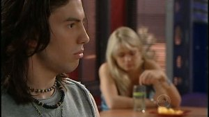 Dylan Timmins, Sky Mangel in Neighbours Episode 4896