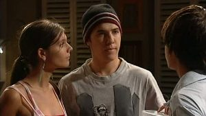 Rachel Kinski, Stingray Timmins, Zeke Kinski in Neighbours Episode 4995
