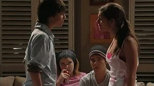 Zeke Kinski, Bree Timmins, Stingray Timmins, Rachel Kinski in Neighbours Episode 4995