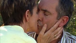Susan Kennedy, Karl Kennedy in Neighbours Episode 4995