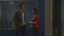 Greg Michaels, Dr Veronica Olenski in Neighbours Episode 5606