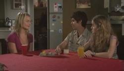 Donna Freedman, Simon Freedman, Tegan Freedman in Neighbours Episode 5609