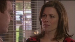 Paul Robinson, Rebecca Napier in Neighbours Episode 5610