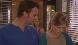 Lucas Fitzgerald, Samantha Fitzgerald, Elle Robinson in Neighbours Episode 5610