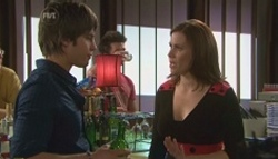 Ty Harper, Rebecca Napier in Neighbours Episode 5610