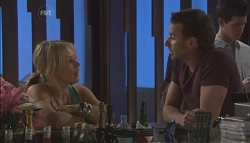 Steph Scully, Lucas Fitzgerald in Neighbours Episode 5612
