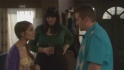 Rachel Kinski, Kelly Katsis, Toadie Rebecchi in Neighbours Episode 5613